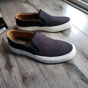 Frye Ludlow slip on black canvas sneakers